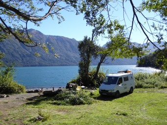 our campspot at Lake Rivadavia (NP Los Alerces)